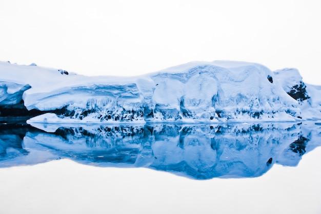 Antarctic iceberg Premium Photo