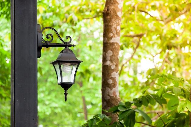 Антикварные лампы - это натуральный Premium Фотографии