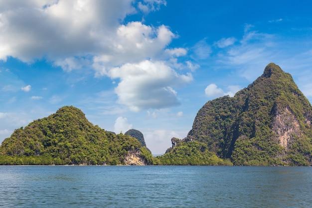 Национальный парк ао пханг нга, таиланд Premium Фотографии
