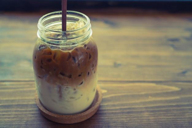 Apple addiction dish drink cafe Free Photo