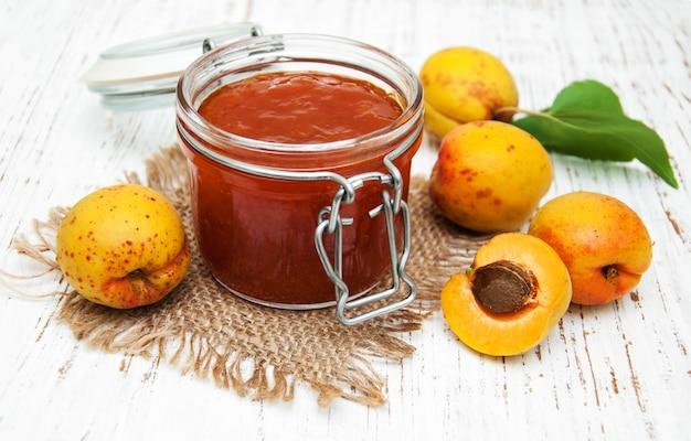 Apricots jam Premium Photo