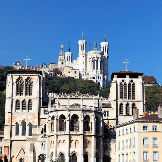 Abside della cattedrale di saint jean, lione Foto Gratuite
