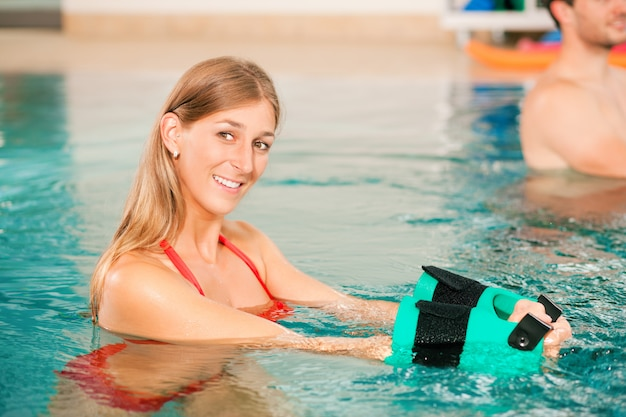 Aquarobics or hydrotherapy in spa Premium Photo