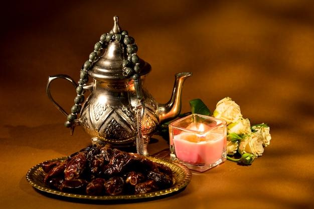 アラビアの伝統的なアレンジメントデザイン 無料写真