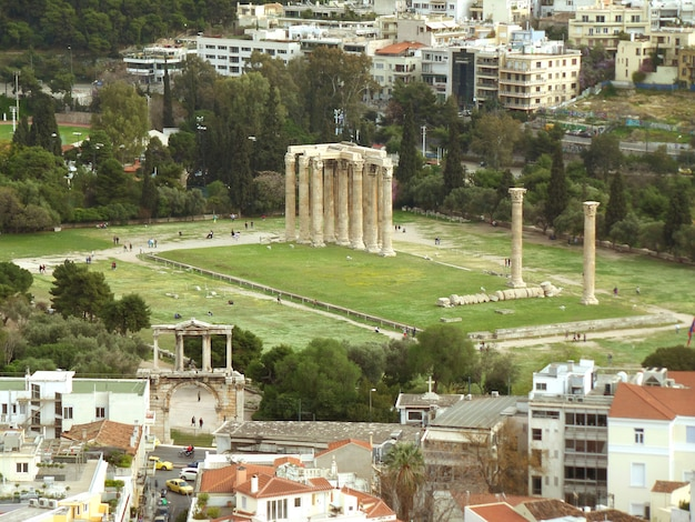 Arch of hadrian and temple of olympian zeus as seen from areopagus hill or mars hill, athens, greece Premium Photo