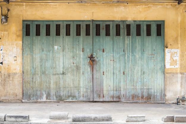 Architecture building vintage design antique facade Premium Photo
