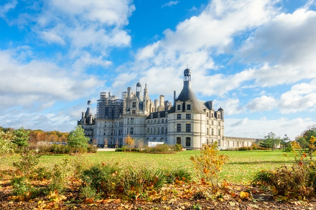 Architecture of chateau de chambord royal medieval french castle in loire valley Premium Photo