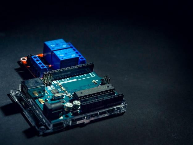 Плата контроллера arduino Premium Фотографии