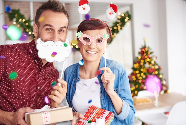 Sei pronto a scartare i tuoi regali Foto Gratuite