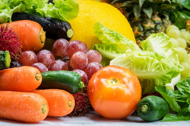 Arrangement different vegetables organic for eating healthy and dieting Premium Photo