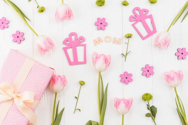 Arrangement for mother`s day Free Photo