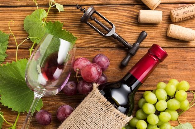 Arrangement of red wine elements Free Photo