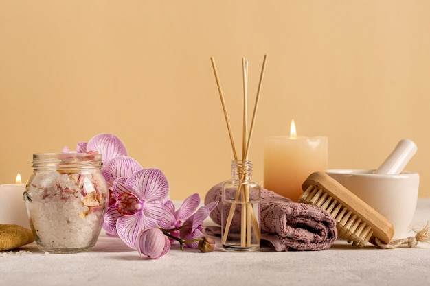 Arrangement with items for relaxation Free Photo