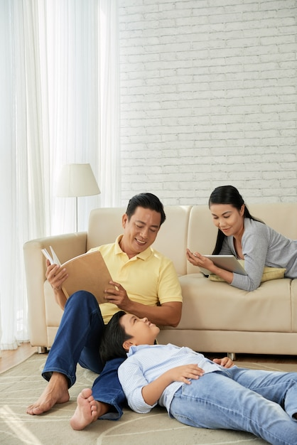 Asian family enjoying leisure activities Free Photo