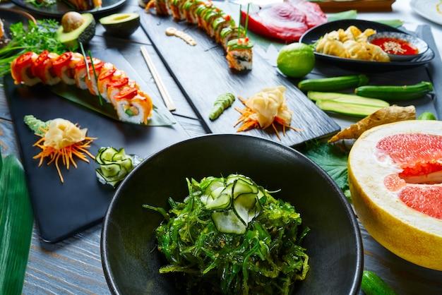 Asian japan sushi varied recipes with algae Premium Photo