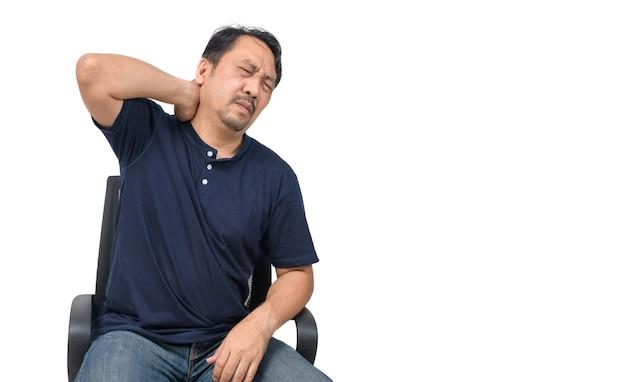 Азиатский мужчина, страдающий от боли в шее, изолирован, концепция здравоохранения и проблемы Premium Фотографии