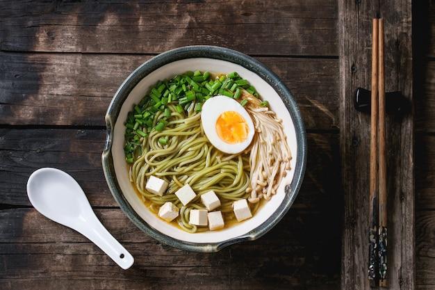 Asian noodle soup Premium Photo