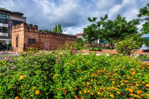 Asian old city ancient wall and moat Premium Photo