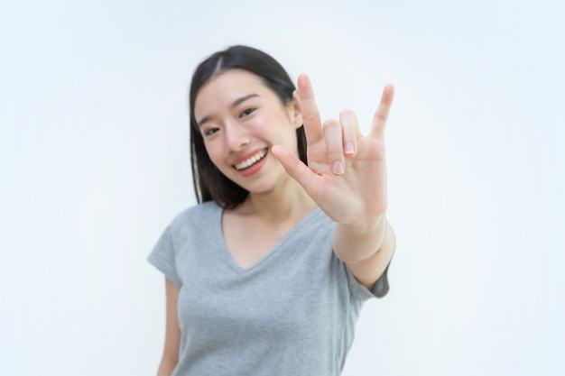 Asian woman, valentine, i love you hand sign, beautiful young woman, lover, heart, couple Premium Photo