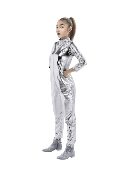 銀のラテックススーツを着ているアジアの女性 Premium写真