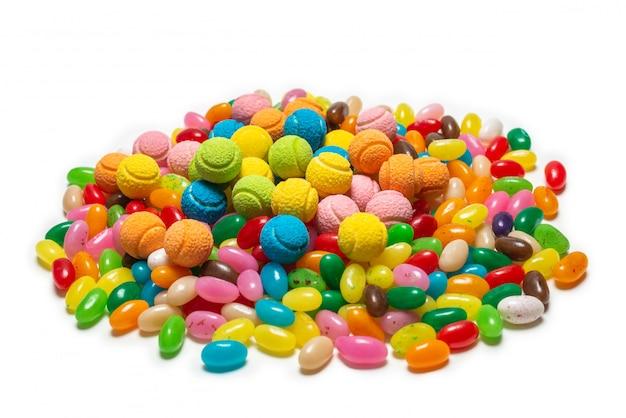 Ассорти жевательных конфет. желейные конфеты. Premium Фотографии