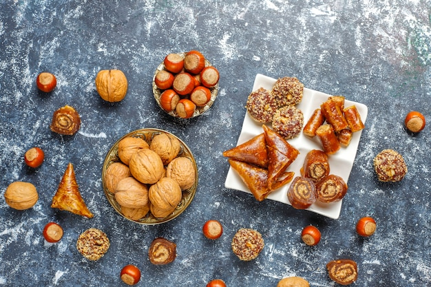 Assorted traditional turkish delight with nuts Free Photo