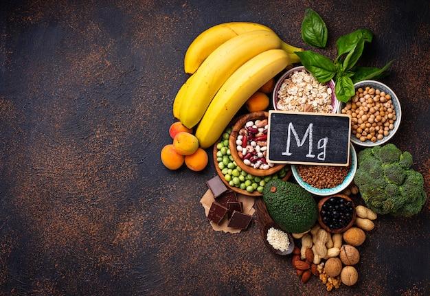 assortment-food-containing-magnesium_82893-6703.jpg (626×430)