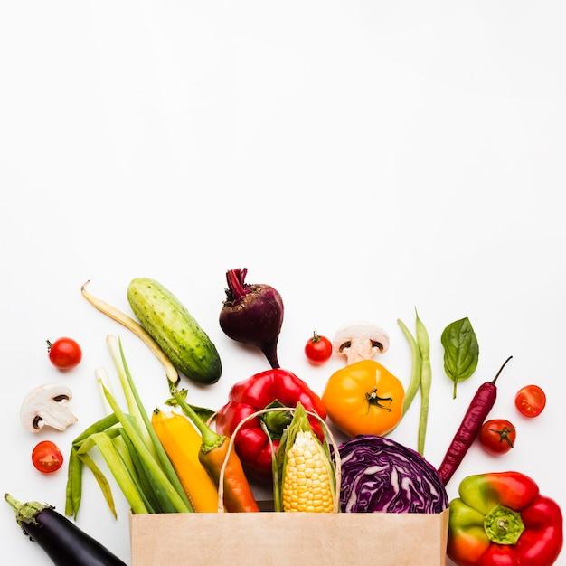 さまざまな新鮮野菜の品揃え 無料写真
