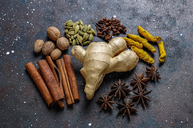 Assortment of winter spices. Free Photo