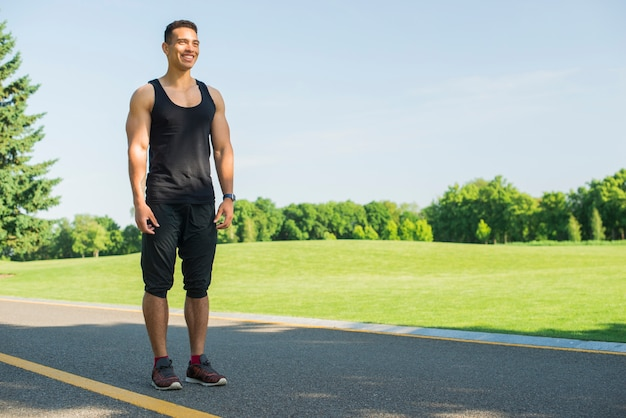 Athletic man practicing sport outdoor Free Photo