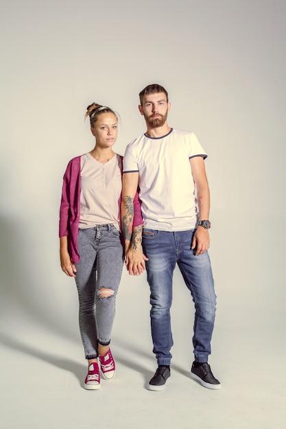 Attractive young couple Premium Photo