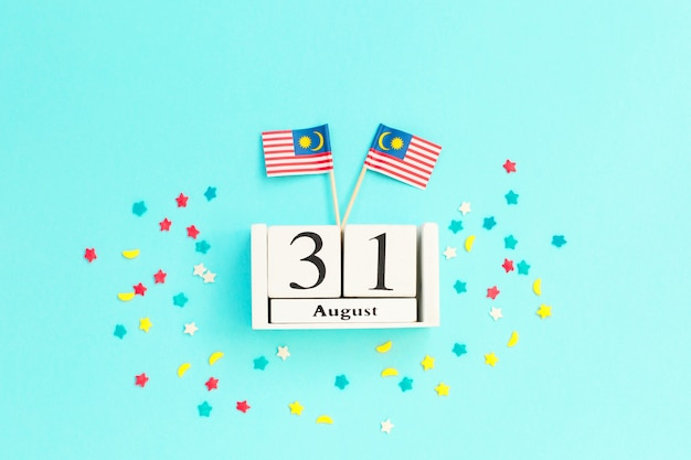 August 31 wooden calendar concept independence day of malaysia Premium Photo