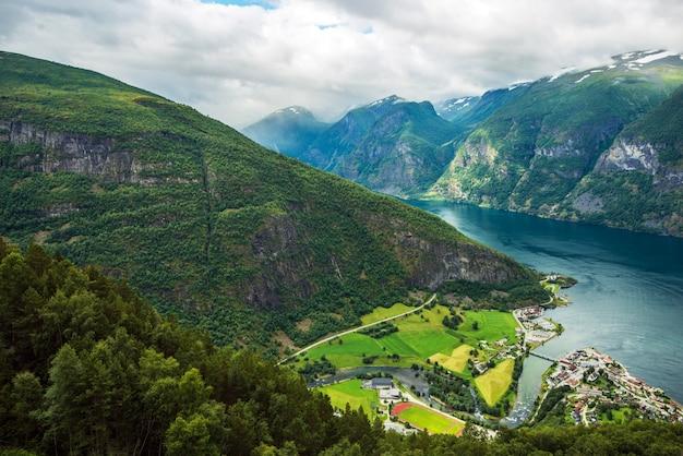 Aurlandsvangen fjord scenery Бесплатные Фотографии