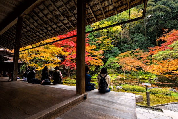Autumn garden at nanzen-ji temple, kyoto Premium Photo