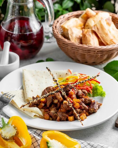 Azerbaijani traditional cousine ciz biz Free Photo