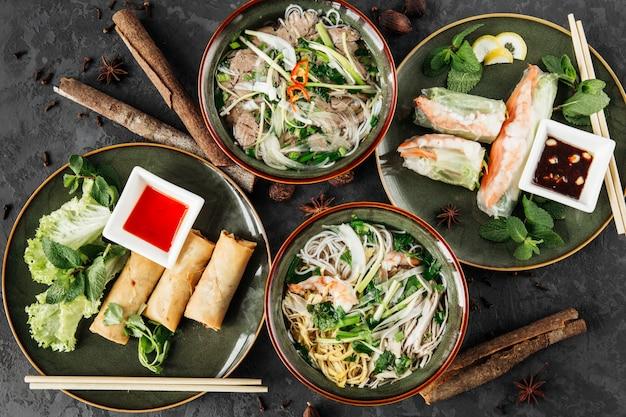Azian food Premium Photo