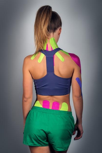 アスレチック少女裏、代替運動療法 Premium写真
