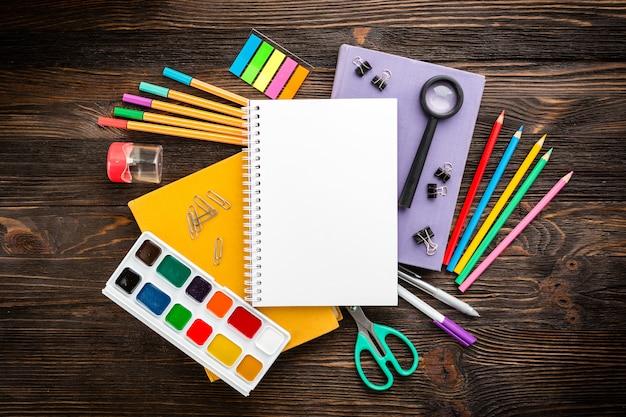 Back to school supplies Premium Photo