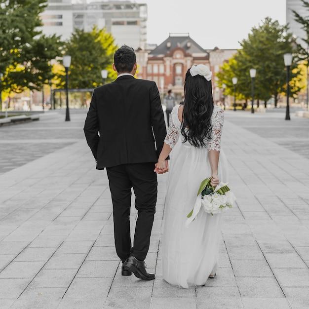 신부와 신랑의 길을 걷고 다시보기 무료 사진