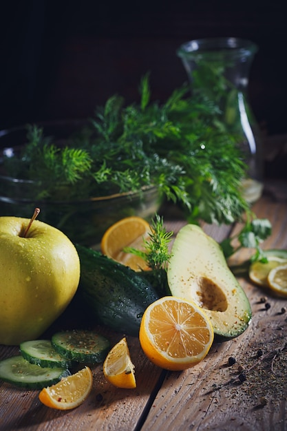 Background with assorted green vegetables Premium Photo
