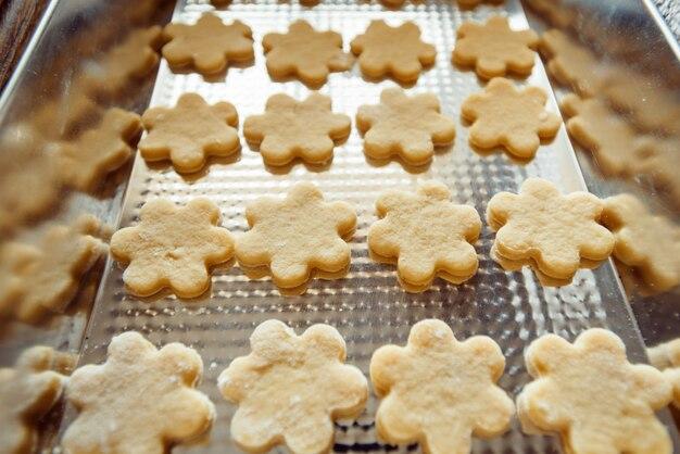 Baking cookies at home Premium Photo