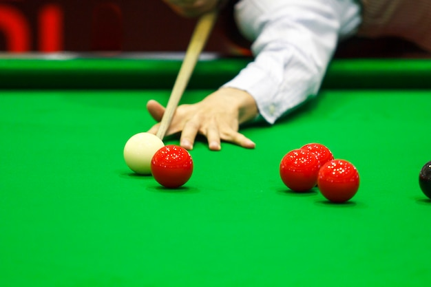 Ball and snooker player Premium Photo