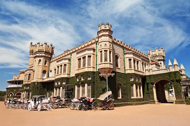 Bangalore palace, india Premium Photo