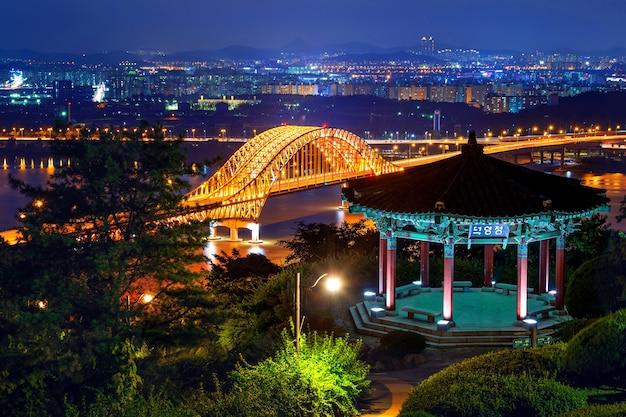 밤에 방화 대교, 한국 무료 사진