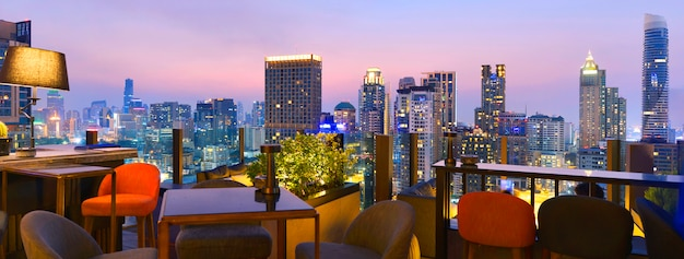 Bangkok city view point from rooftop bar Premium Photo