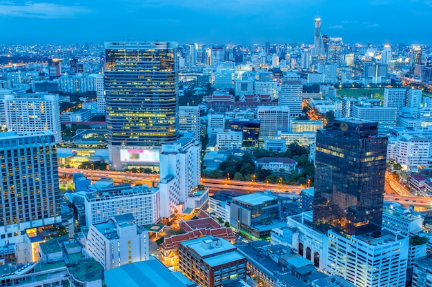 Bangkok cityscape, business district with high building Premium Photo