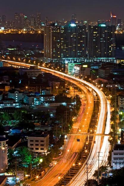 Bangkok highway top view at dusk in bangkok, thailand Premium Photo