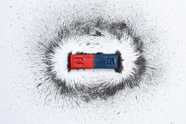 Барный магнит с магнитным полем из порошка железа Premium Фотографии