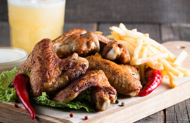 Barbeque chicken wings Premium Photo