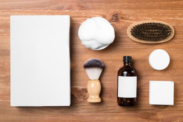理髪店のグルーミングツールとフォームの上面図 無料写真